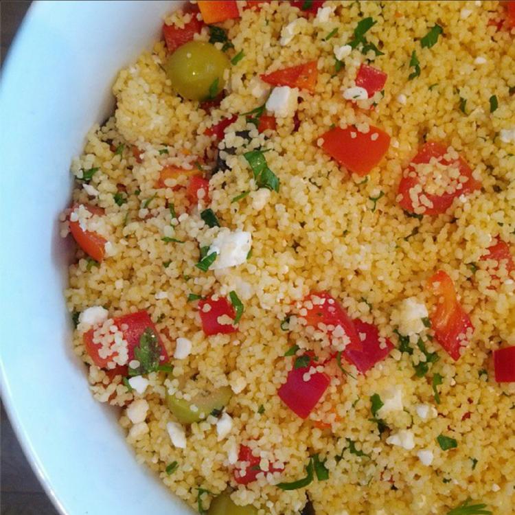 Makkelijke Couscous salade met bouillon