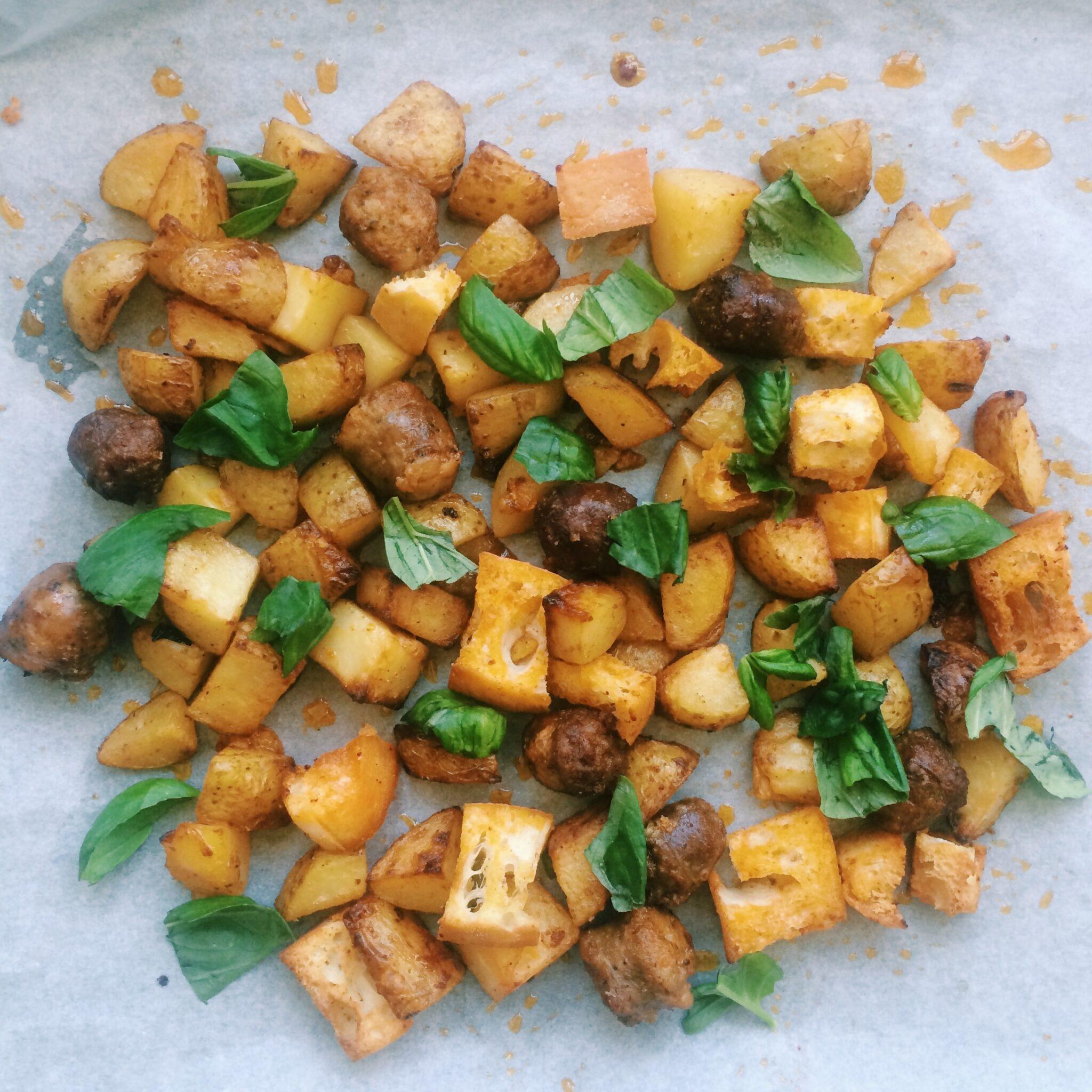 Ovenschotel met worst, aardappelen en ciabatta