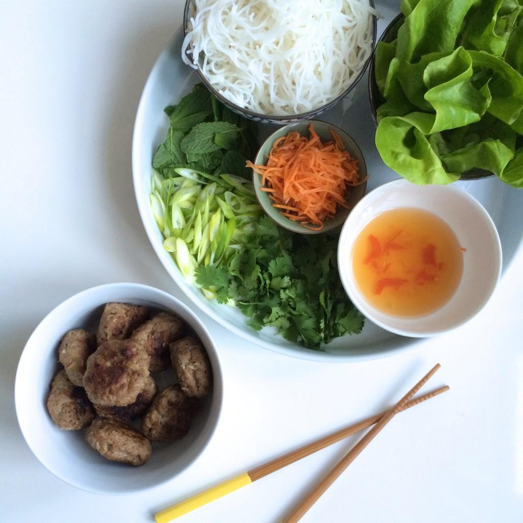 IMG 3955 1024x1024 - Frisse Vietnamese salade Bun Cha