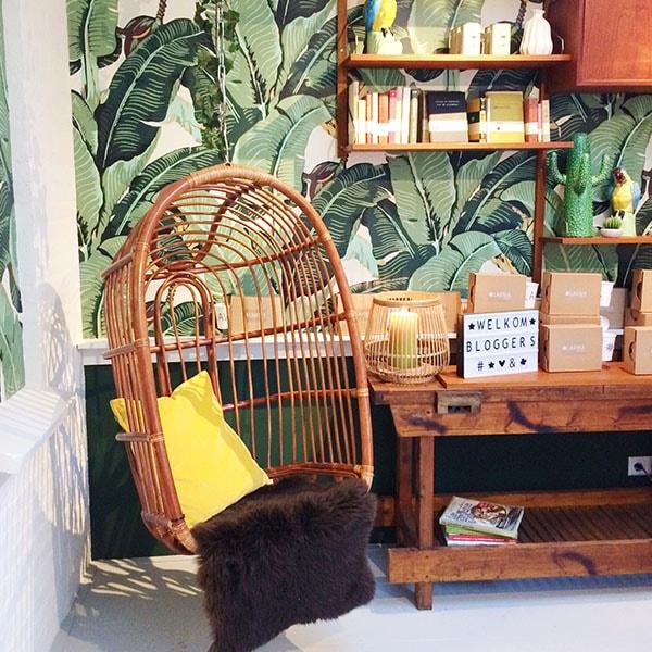 lavinia hangstoel - Lavinia Good Food - nu ook in Amsterdam Oud Zuid