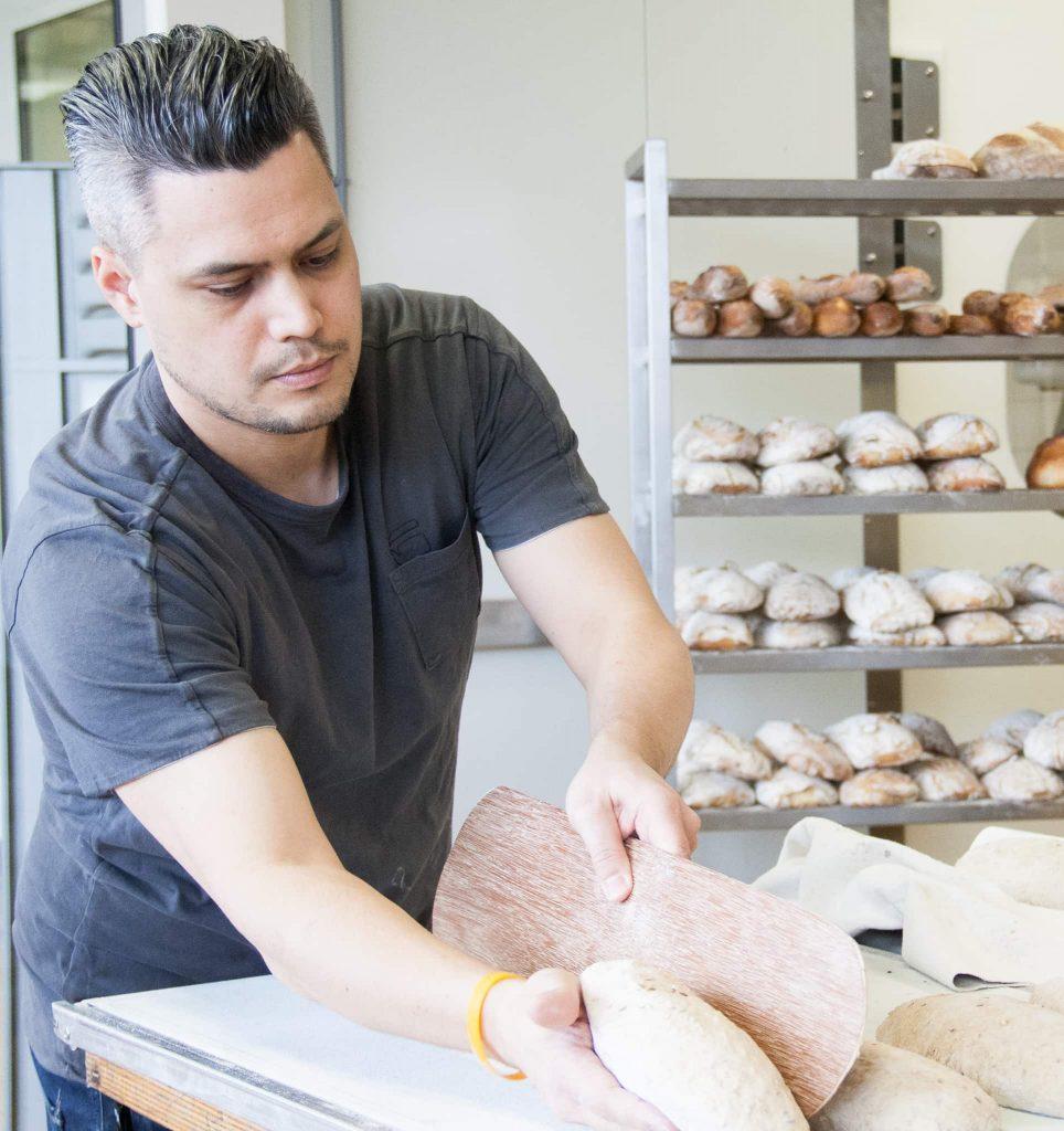 IMG 4344 964x1024 - Tip! Cursus brood bakken bij het Bakery Institute
