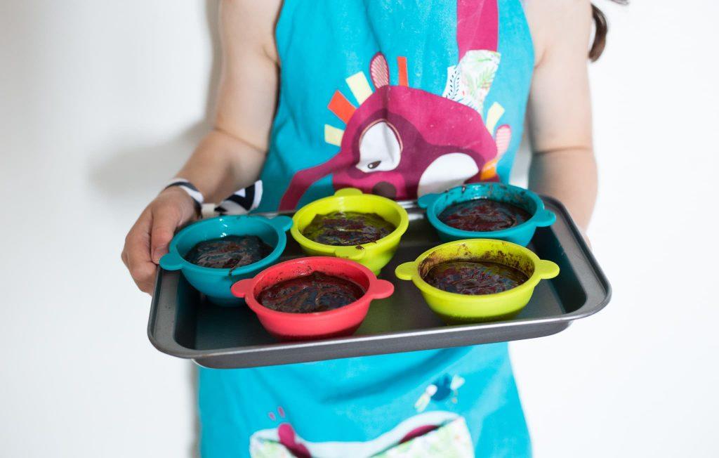 Lilliputiens 5 1024x652 - Lilliputiens Little Chef + Recept Chocoladetaartjes