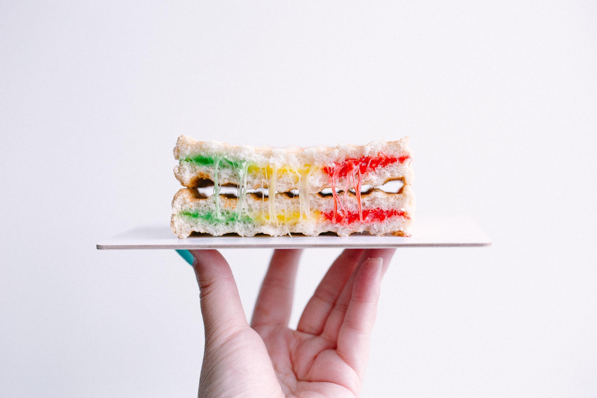 Rainbow tosti - Herfstvakantie tips met de mini's