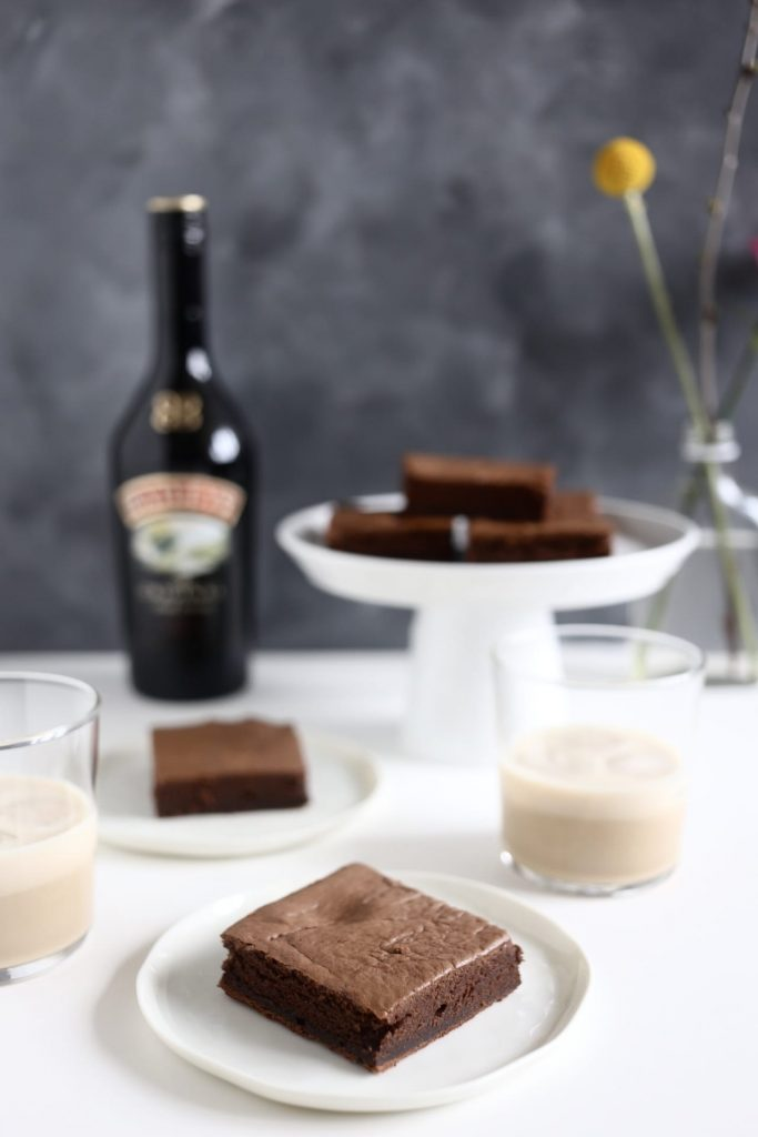 7651020864 IMG 2549 683x1024 - Recept Baileys brownies met baileys butterscotch saus