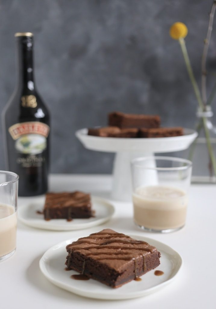 IMG 1377 717x1024 - Recept Baileys brownies met baileys butterscotch saus