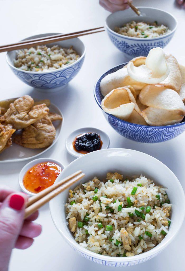 witte nasi met kousenband 2 701x1024 - Vegetarische Nasi met kousenband en ei