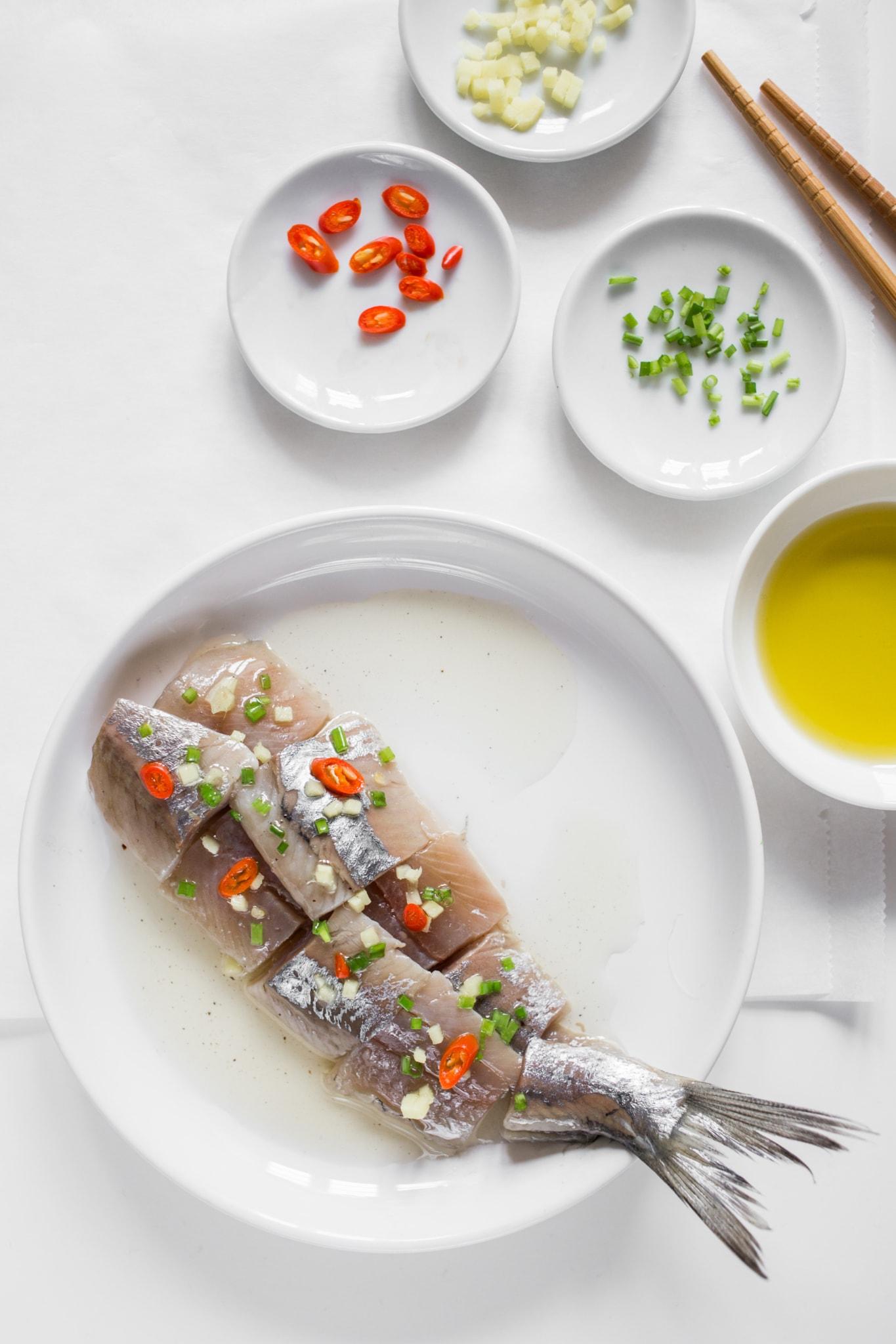 culinessa HollandseNieuwe stijl 2 1 - Recept haring met een Asian twist