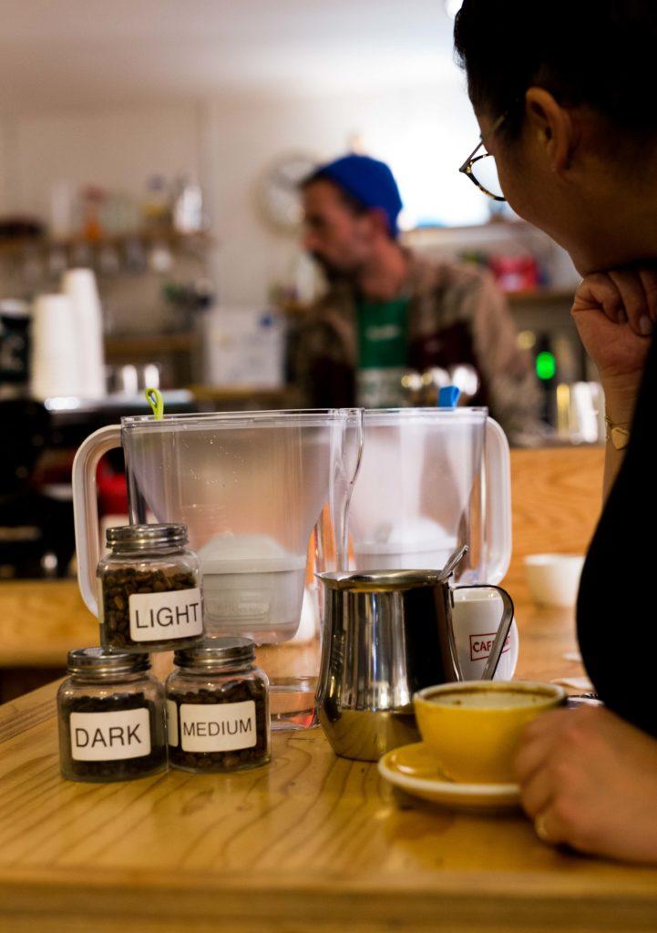 lekkerste kopje koffie barista 1 2 721x1024 - Gesloten! WINactie - Zo zet je het lekkerste kopje koffie volgens een barista
