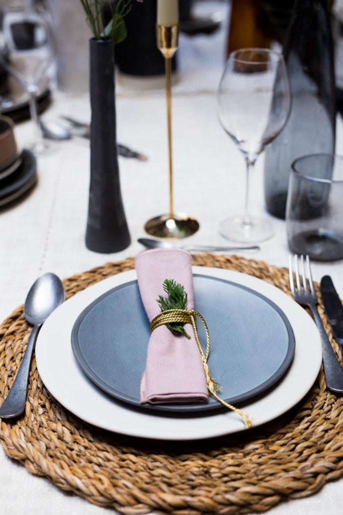 gedekte tafel culinessa 1 2 683x1024 - Tips voor een mooi gedekte tafel