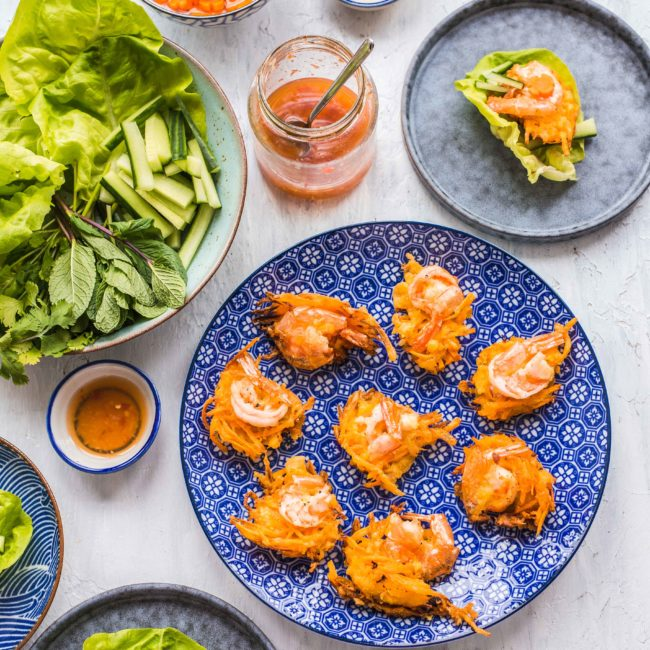 Vietnamese zoete aardappelnestjes met garnalen – Banh Tom