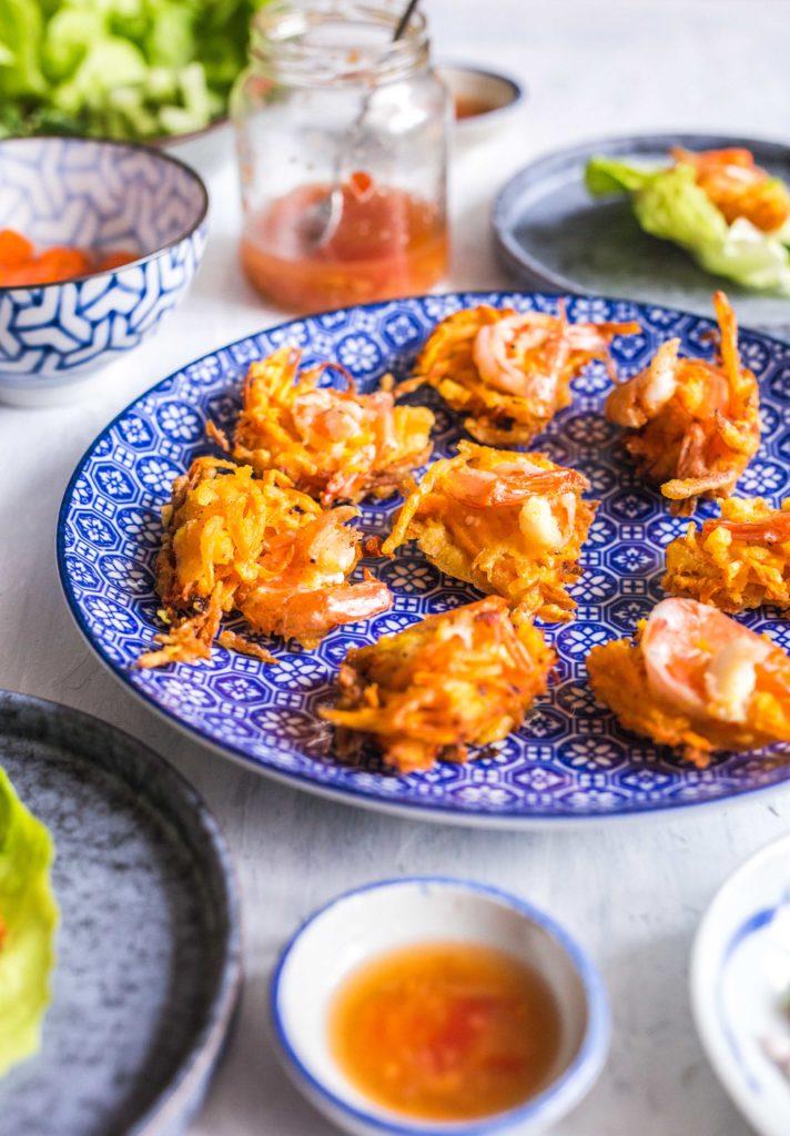 Vietnamese zoete aardappelnestjes met garnalen 2 712x1024 - Vietnamese zoete aardappelnestjes met garnalen - Banh Tom