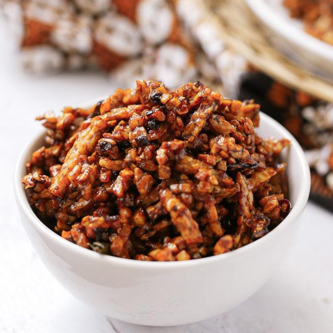 Sambal goreng tempe kering uit de bijbel van de Indonesische keuken