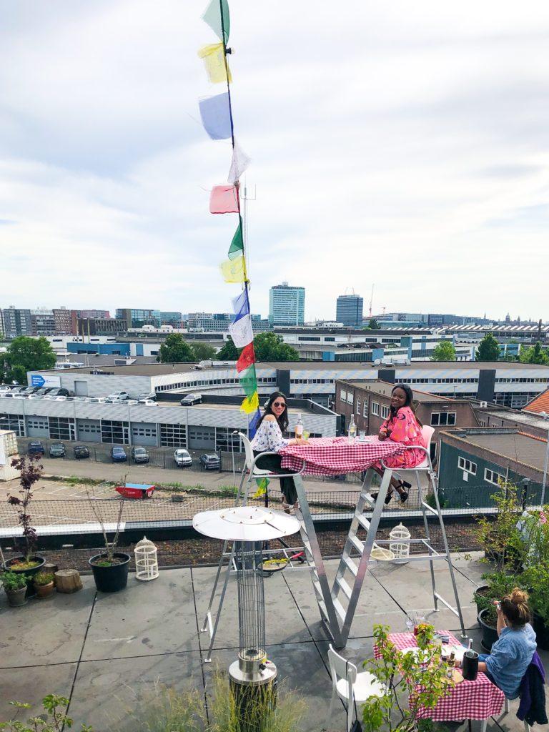 img 3468 1 768x1024 - Groovy tables 2020 bij Hoogtij Amsterdam