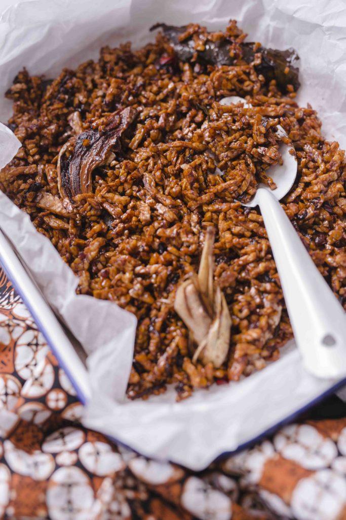 sambal goreng tempe kering 1 683x1024 - Sambal goreng tempe kering uit de bijbel van de Indonesische keuken