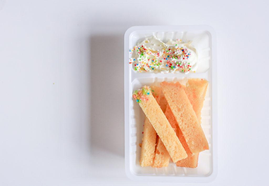 cakefrietjes culinessa 2 1024x707 - Kindertraktaties cakefrietjes