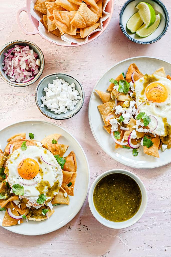 IMG 7649 682x1024 - Chilaquiles verdes - Mexicaans ontbijt