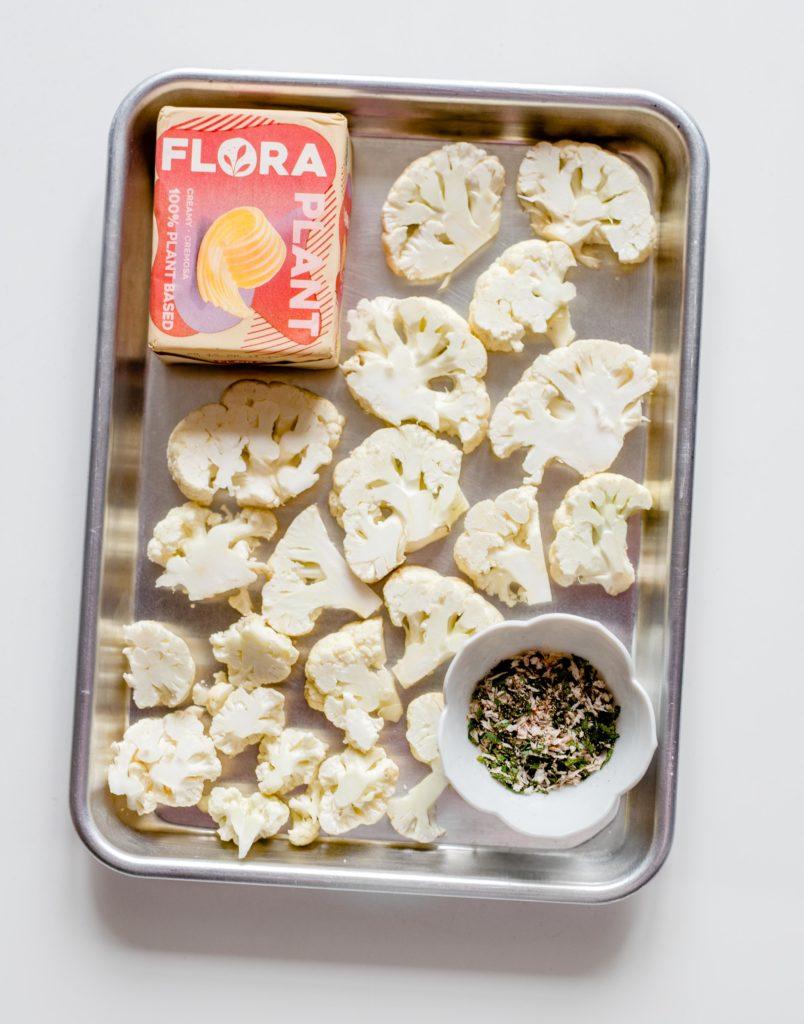 culinessa x flora bloemkoolbites 1 804x1024 - Crispy bloemkool bites met een sambaldip