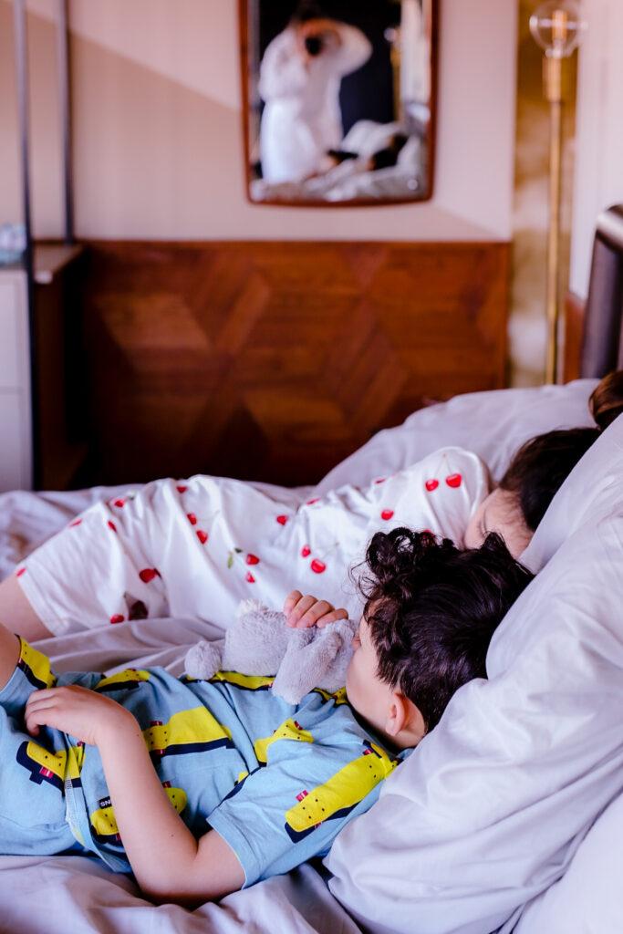 025D1CF2 4956 4CB3 950D A55540BEA9C9 683x1024 - Staycation Amsterdam met kids bij Hotel V